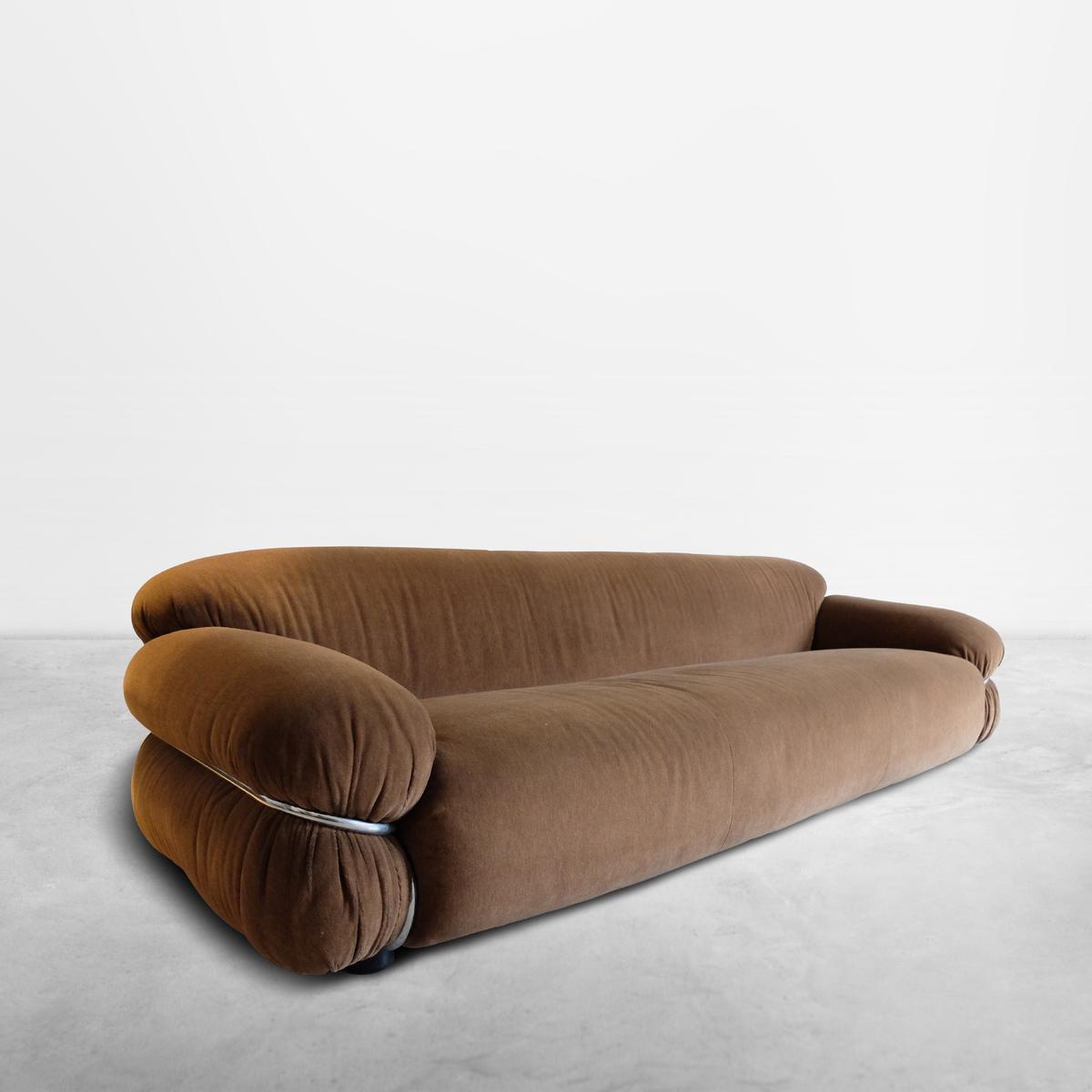 "Gianfranco Frattini for Cassina, Italian Mid-Century ""Sesann"" three seater sofa in original upholstery, 1968"