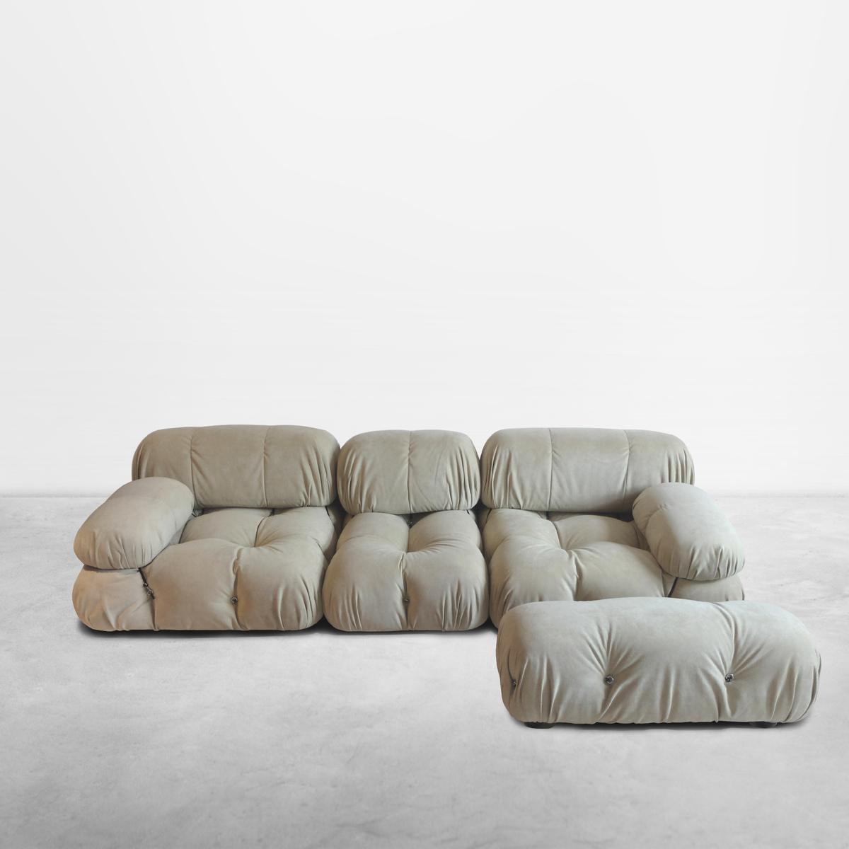 """Mario Bellini for B&B Italia, Italian Mid-Century """"Camaleonda"""" sofas in soft cream fabric, 1970"""