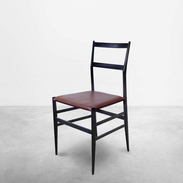 "Gio Ponti for Cassina, Midcentury Set of 2 "" Superleggera "" Chairs, 1957"