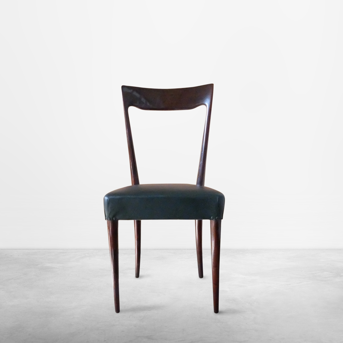 Ico Parisi, Italian Mid-Century Set of 6 Wood and Leather Chairs, circa 1940